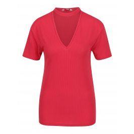 Červené žebrované tričko s chokerem Miss Selfridge