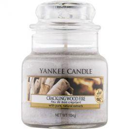 Yankee Candle Crackling Wood Fire vonná svíčka 104 g Classic malá