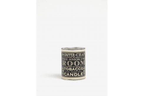 Vonná svíčka v plechové dóze s nápisem CGB Merlot vonné svíčky a tyčinky