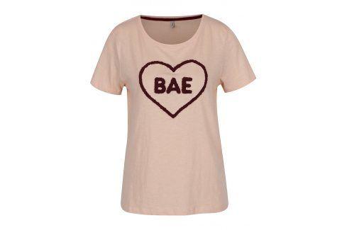 Růžové tričko s nášivkou ONLY Madison trička s krátkým rukávem