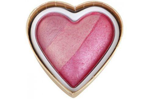 Makeup Revolution I ♥ Makeup Blushing Hearts tvářenka odstín Blushing Heart 10 g Tvářenky